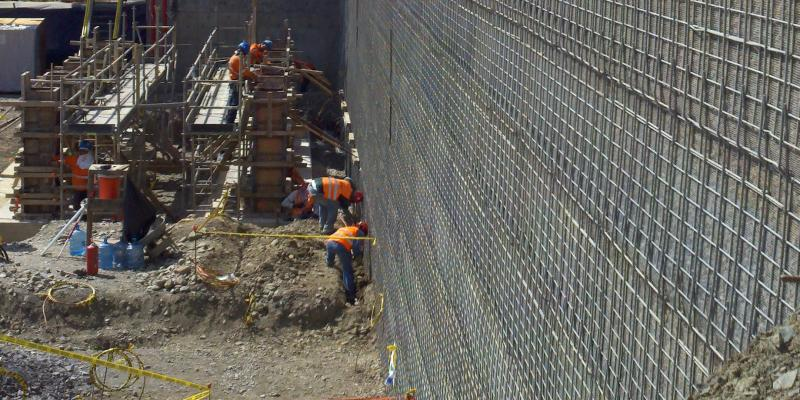 Dominican Republic Crusher Walls MSE Welded Wire Walls