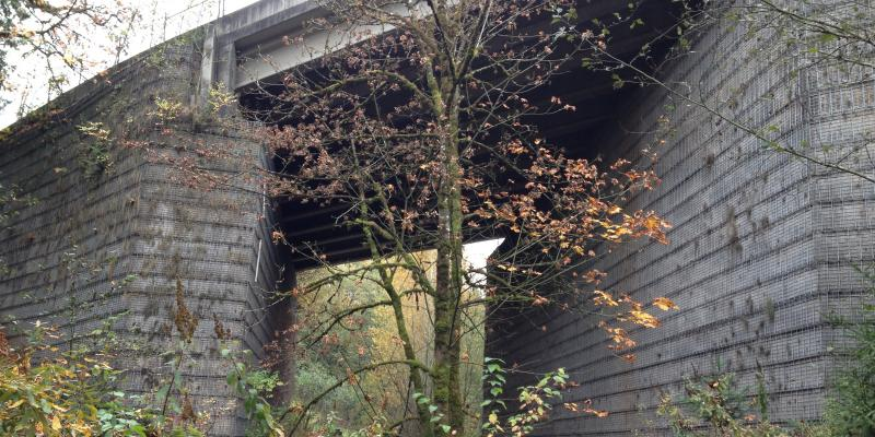 MSE Welded Wire Bridge Abutment
